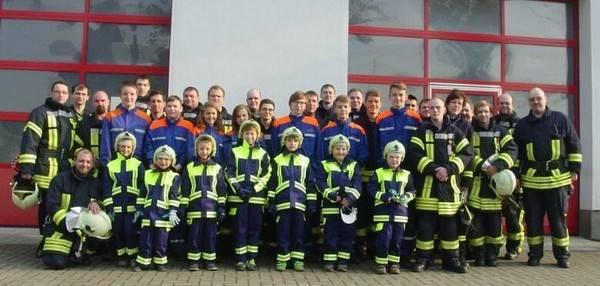 Mitglieder Feuerwehr Dölbau [(c): Karsten Braun]